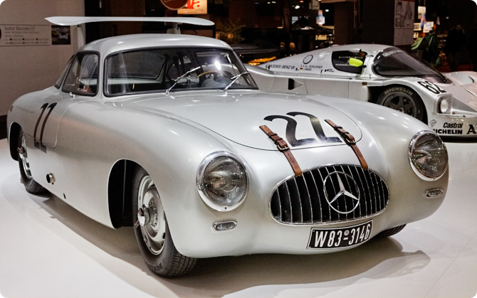 Mercedes-Benz-300-SL-racing